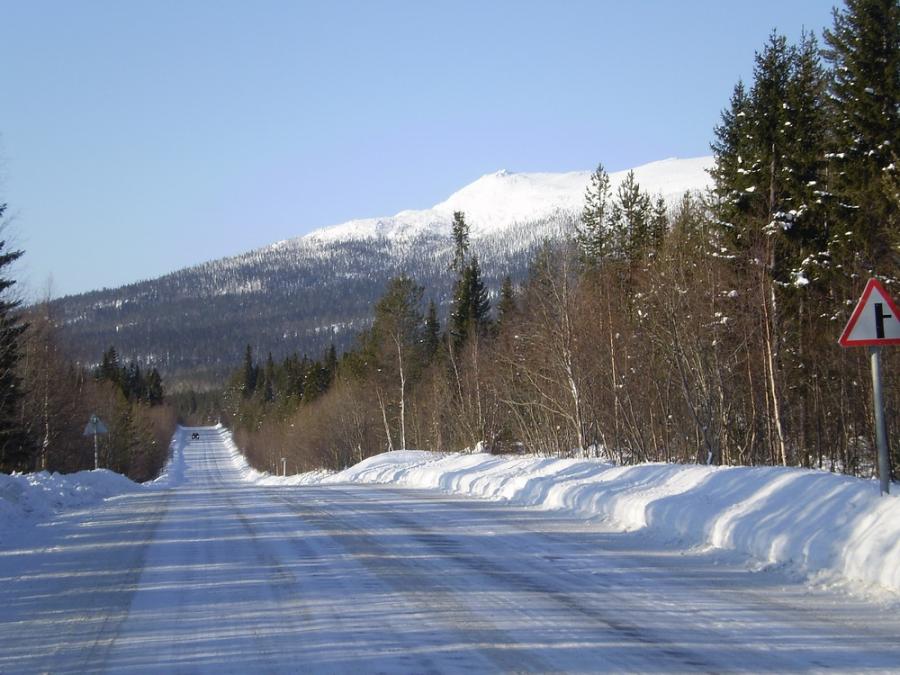 Дорога на Териберку остается закрытой